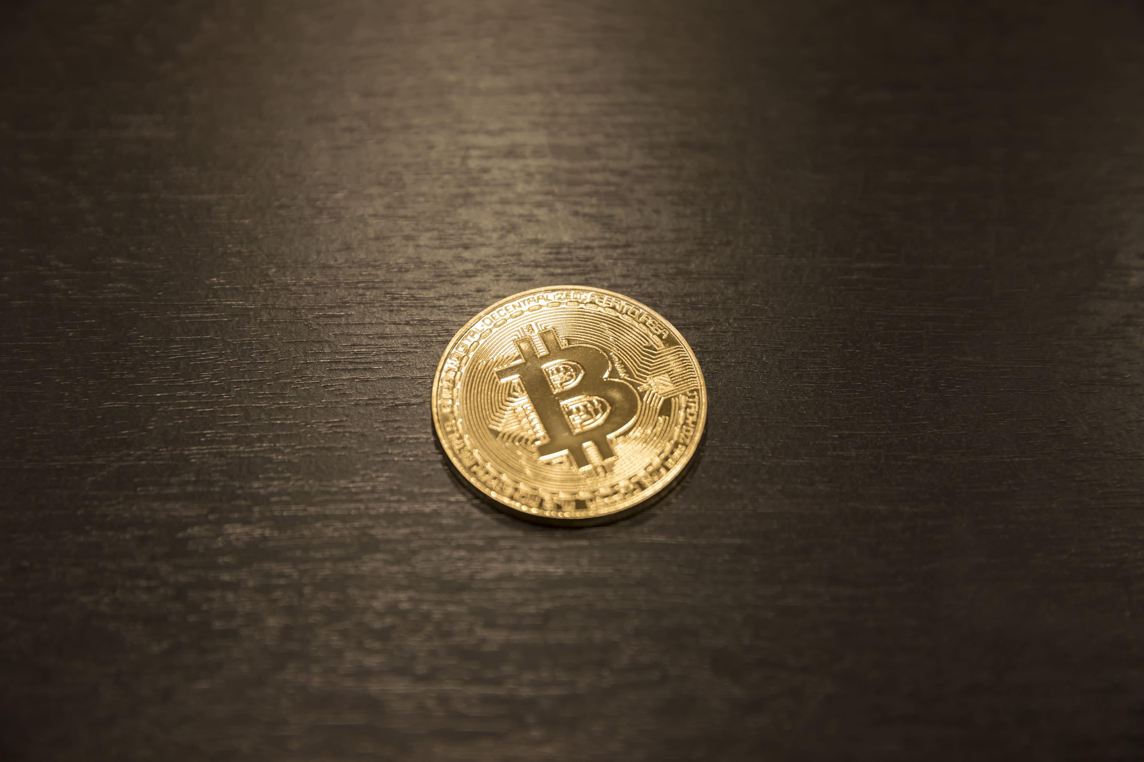 ビットコインの決済時間の目安は?送金時間が遅れる可能性や理由について
